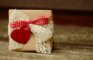 wrapped_gift_heart