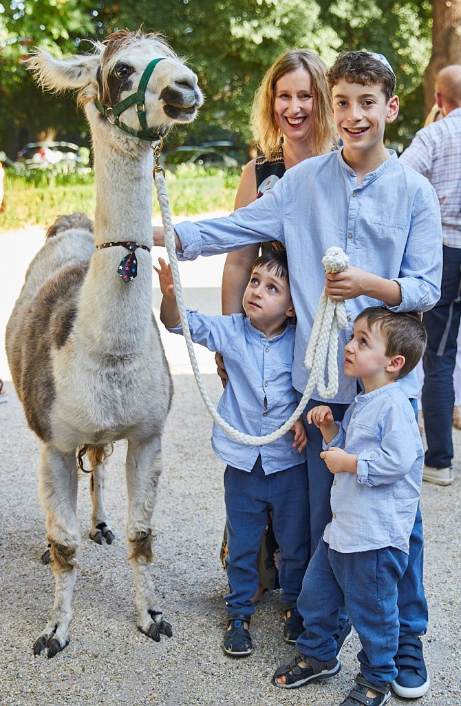 Caren Lubofsky at her son's Llamitzvah (llama themed bar mitzvah)