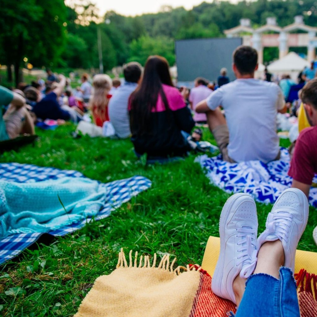 Galentine's Day Ideas: Outdoor Cinema